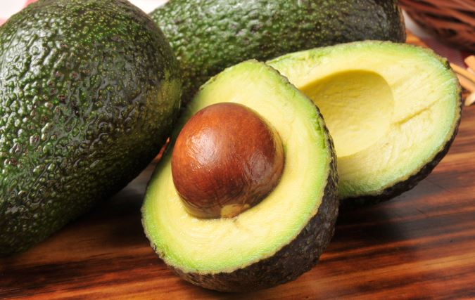 13 Benefits of the Scientifically Proven Avocado Seed