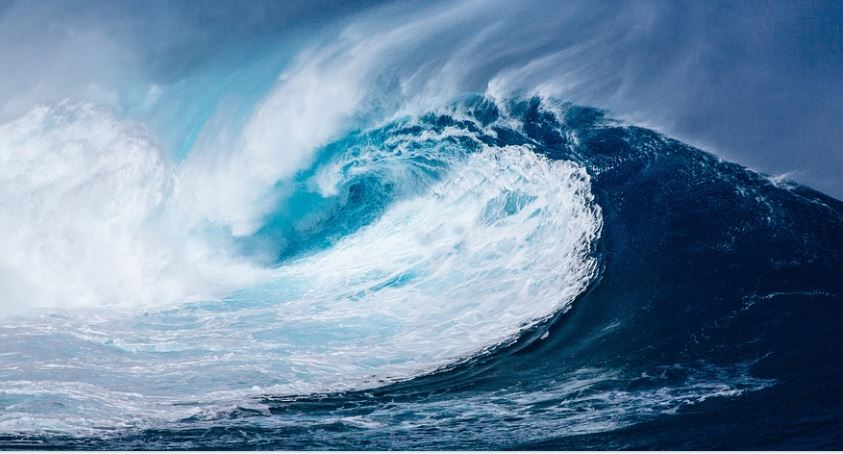 Tsunami Dream: Meaning and Interpretation