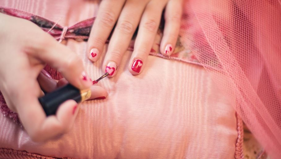 Nail Dream: Meaning and Interpretation
